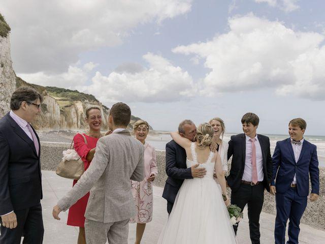 Le mariage de Jérémy et Flore à Manéhouville, Seine-Maritime 20