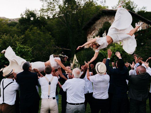 Le mariage de Laëtitia et Mélissa à Génolhac, Gard 56