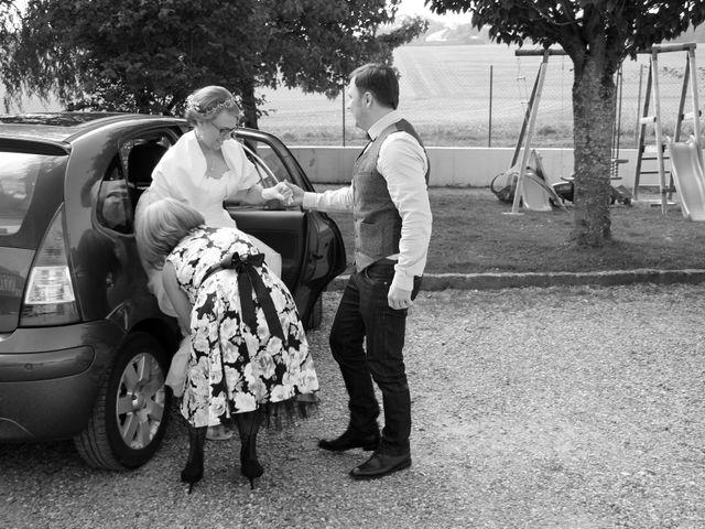 Le mariage de Maud et Stéphane à Saint-Omer-en-Chaussée, Oise 25