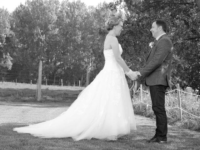 Le mariage de Maud et Stéphane à Saint-Omer-en-Chaussée, Oise 47