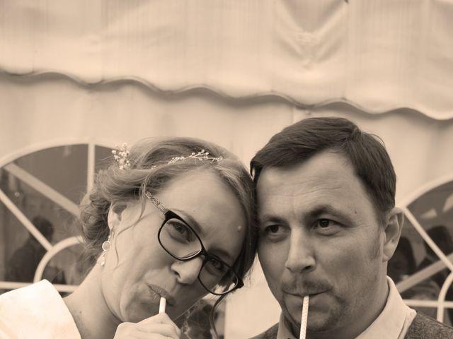 Le mariage de Maud et Stéphane à Saint-Omer-en-Chaussée, Oise 57