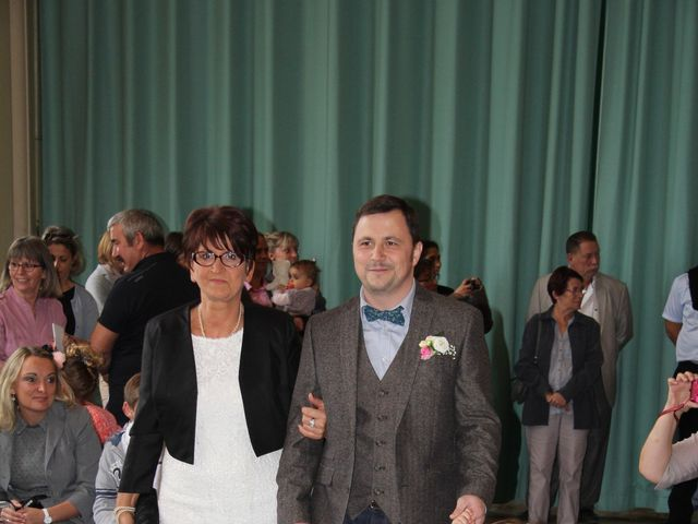 Le mariage de Maud et Stéphane à Saint-Omer-en-Chaussée, Oise 88