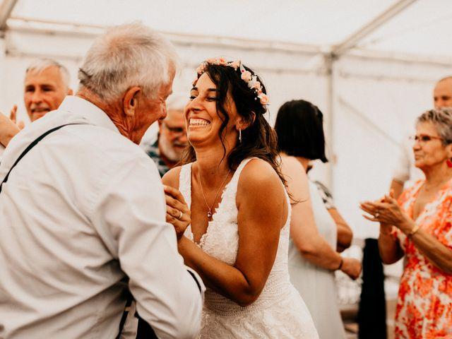 Le mariage de Paul et Rebecca à Montjoire, Haute-Garonne 47