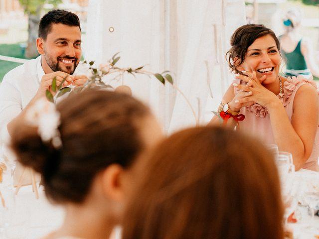Le mariage de Paul et Rebecca à Montjoire, Haute-Garonne 53