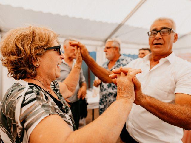 Le mariage de Paul et Rebecca à Montjoire, Haute-Garonne 61