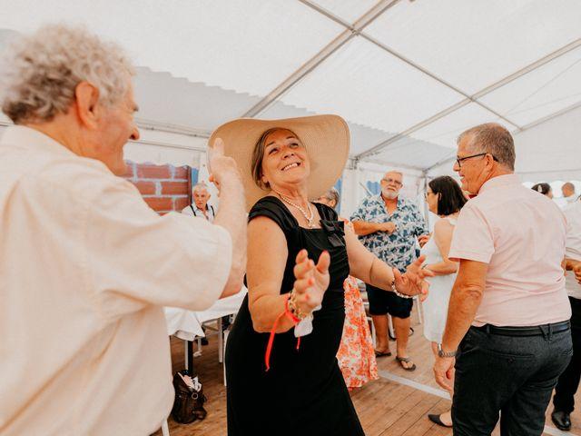 Le mariage de Paul et Rebecca à Montjoire, Haute-Garonne 63