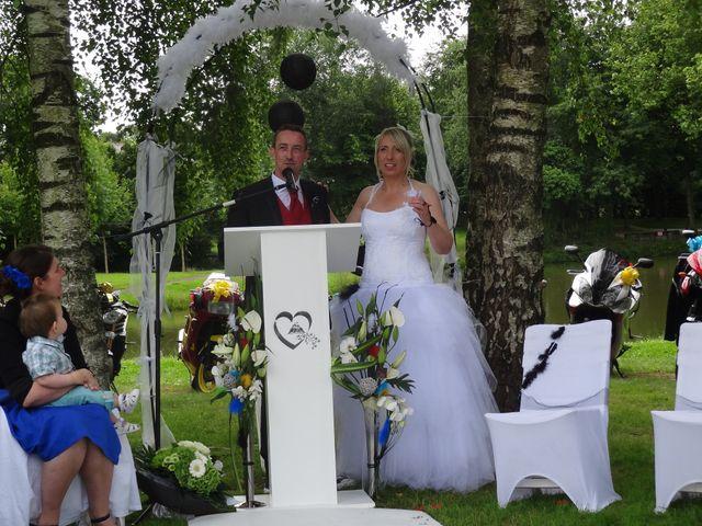 Le mariage de STEPHANE et FINA à Clayes, Ille et Vilaine 15