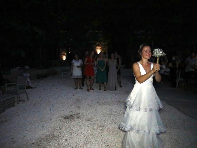 Le mariage de Sébastien et Marie-Anne à Pierrefeu-du-Var, Var 13