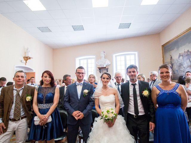 Le mariage de Paolo et Marie à Villeneuve-de-Berg, Ardèche 4