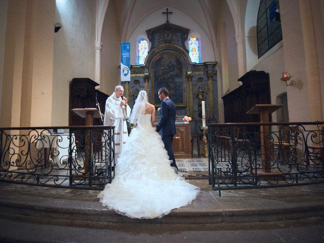 Le mariage de Paolo et Marie à Villeneuve-de-Berg, Ardèche 5