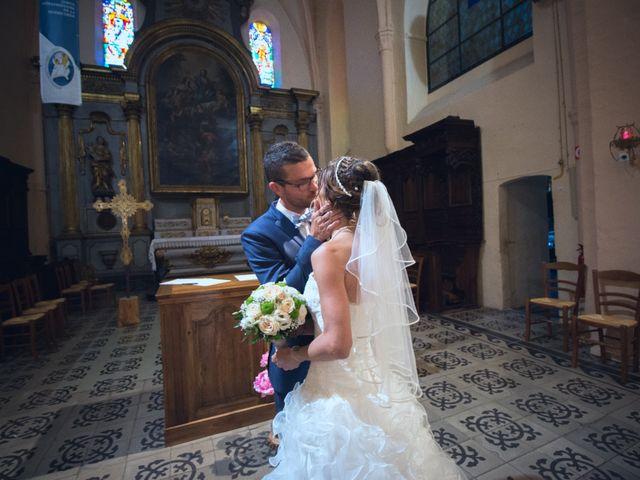 Le mariage de Paolo et Marie à Villeneuve-de-Berg, Ardèche 6