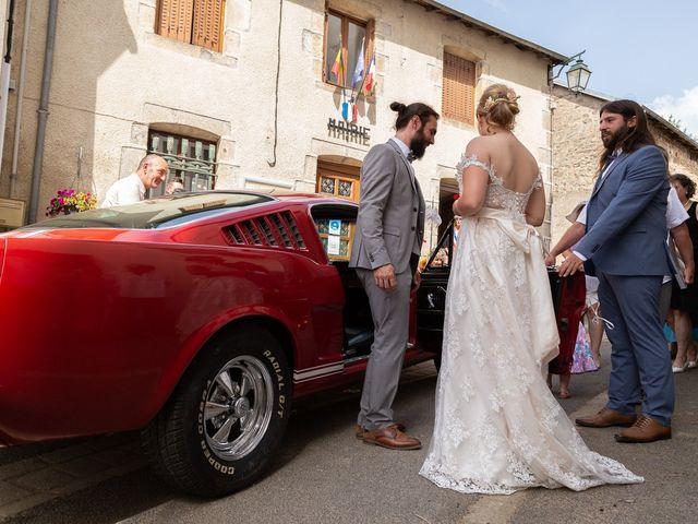 Le mariage de Loïc et Lauryn à Le Mayet-de-Montagne, Allier 2
