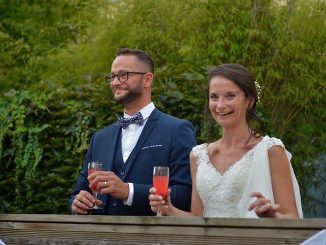Le mariage de Stéphanie et Fabien à Yvrac, Gironde 17