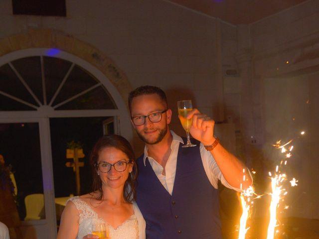 Le mariage de Stéphanie et Fabien à Yvrac, Gironde 23