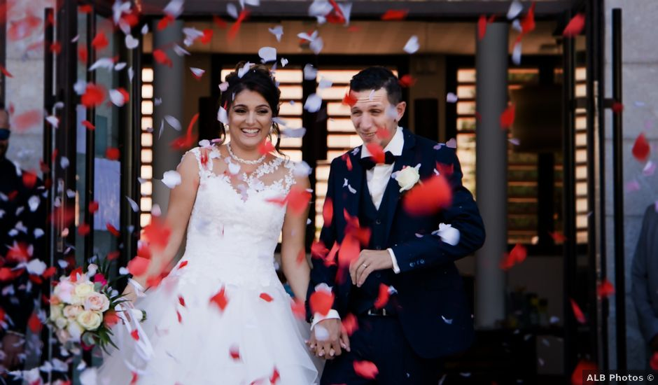 Le mariage de Fabien et Julia à Roquebrune-sur Argens, Var