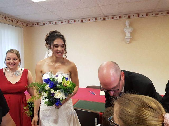 Le mariage de Oliver et Marion à Jouy-Mauvoisin, Yvelines 15