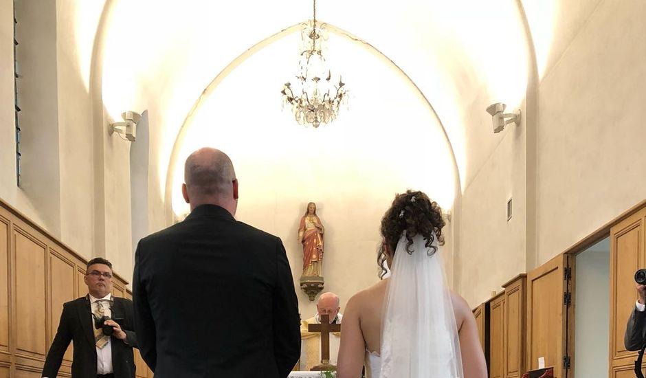 Le mariage de Oliver et Marion à Jouy-Mauvoisin, Yvelines