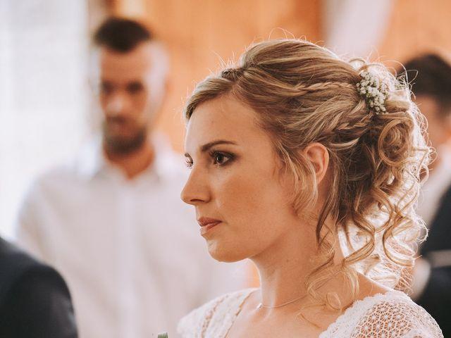 Le mariage de Sébastien et Marlène à La Roche-en-Brenil, Côte d'Or 4