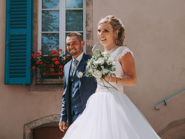 Le mariage de Sébastien et Marlène à La Roche-en-Brenil, Côte d'Or 9