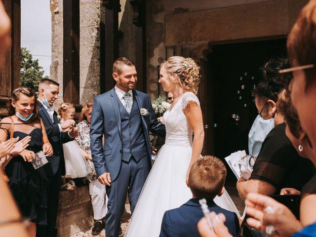 Le mariage de Sébastien et Marlène à La Roche-en-Brenil, Côte d'Or 19