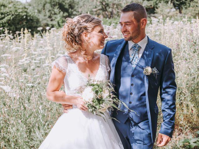 Le mariage de Sébastien et Marlène à La Roche-en-Brenil, Côte d'Or 25