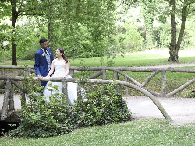 Le mariage de Malik et Sarah à Vert-Saint-Denis, Seine-et-Marne 64