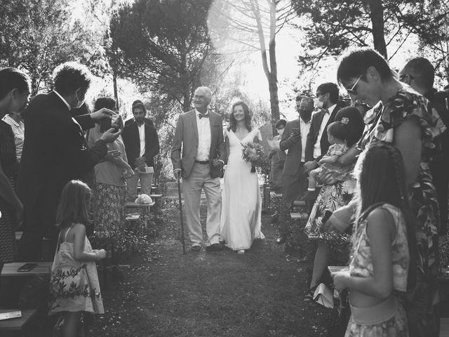 Le mariage de Louis et Pauline à Milhac-de-Nontron, Dordogne 23