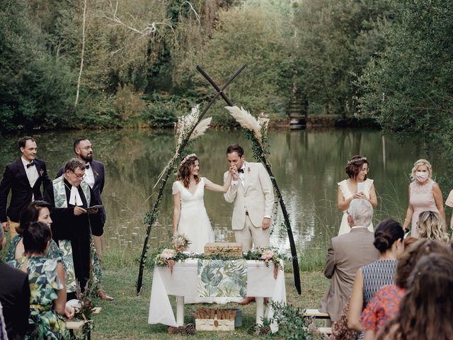 Le mariage de Louis et Pauline à Milhac-de-Nontron, Dordogne 28