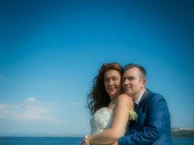Le mariage de José  et Emilie  à Port-de-Bouc, Bouches-du-Rhône 14