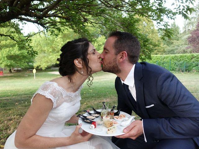 Le mariage de Nicolas et Clara à Azé, Saône et Loire 5