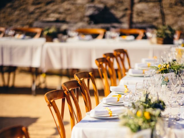 Le mariage de Florian et Caroline à Grignan, Drôme 21
