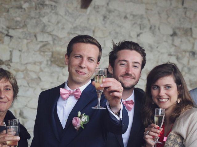 Le mariage de John et Laurine à Bossée, Indre-et-Loire 36
