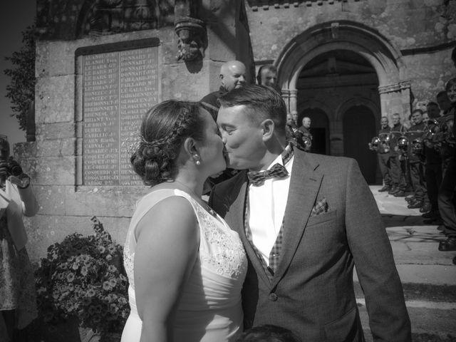 Le mariage de Romain et Carine à Esquibien, Finistère 19
