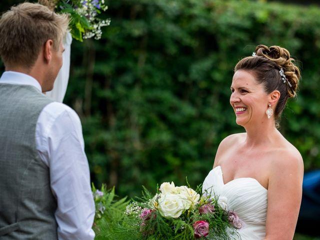 Le mariage de Chris et Lucy à Saint-Martin-d'Uriage, Isère 16