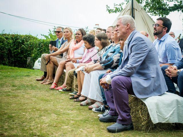 Le mariage de Chris et Lucy à Saint-Martin-d'Uriage, Isère 1