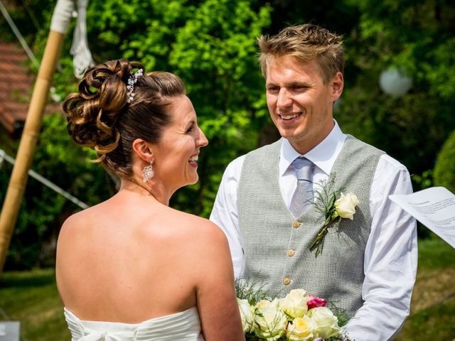 Le mariage de Chris et Lucy à Saint-Martin-d'Uriage, Isère 19