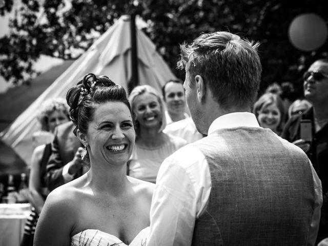 Le mariage de Chris et Lucy à Saint-Martin-d'Uriage, Isère 20