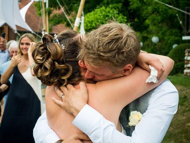 Le mariage de Chris et Lucy à Saint-Martin-d'Uriage, Isère 23