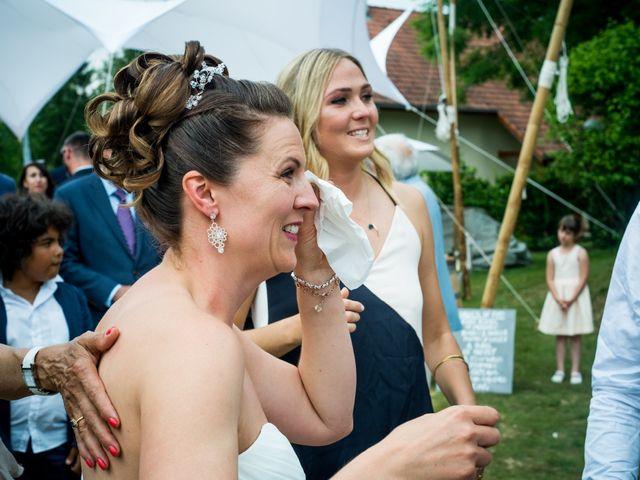 Le mariage de Chris et Lucy à Saint-Martin-d'Uriage, Isère 24