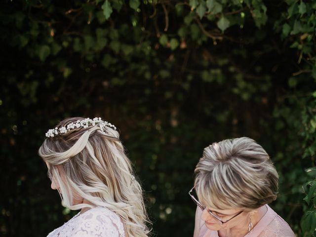 Le mariage de Sandra et Marie à Saint-Privat-des-Vieux, Gard 6