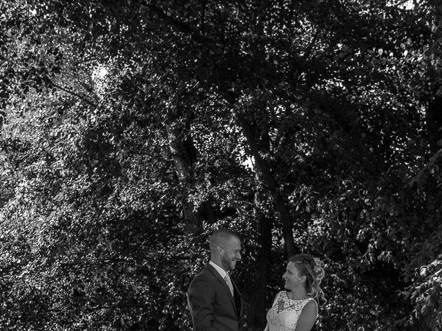 Le mariage de Julien et Sabrina à Bartenheim, Haut Rhin 17