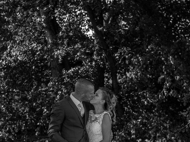 Le mariage de Julien et Sabrina à Bartenheim, Haut Rhin 18