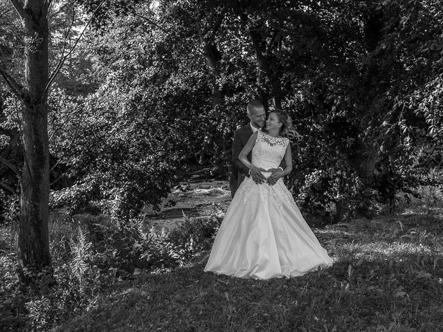 Le mariage de Julien et Sabrina à Bartenheim, Haut Rhin 20