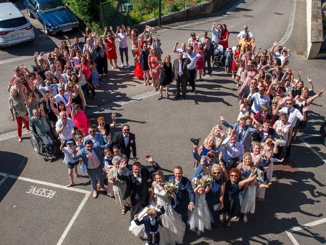 Le mariage de Julien et Sabrina à Bartenheim, Haut Rhin 2