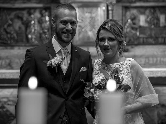 Le mariage de Julien et Sabrina à Bartenheim, Haut Rhin 32