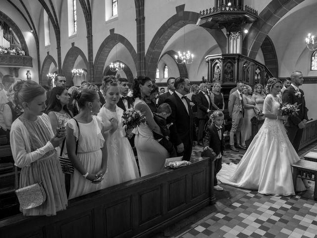 Le mariage de Julien et Sabrina à Bartenheim, Haut Rhin 57