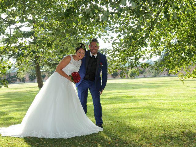 Le mariage de Alexandre et Elise à Yvetot, Seine-Maritime 45