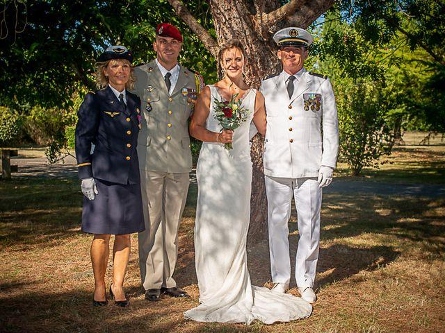 Le mariage de Adrien et Heather à Colomiers, Haute-Garonne 16