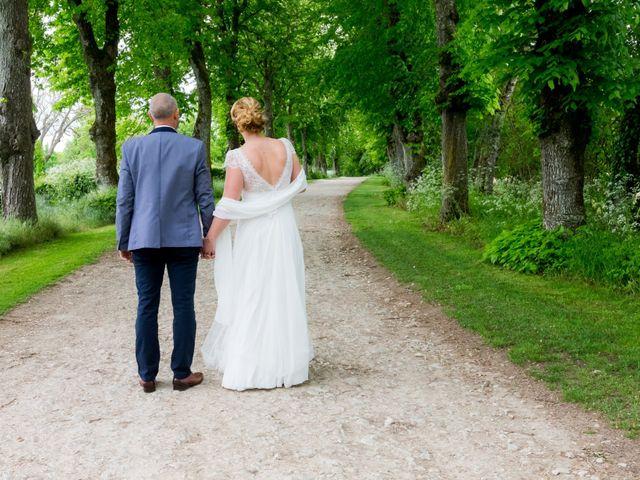 Le mariage de David et Kathy à Benon, Charente Maritime 111