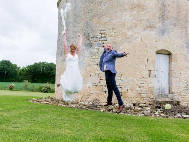Le mariage de David et Kathy à Benon, Charente Maritime 1
